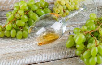 nalewka z winogron jasnych